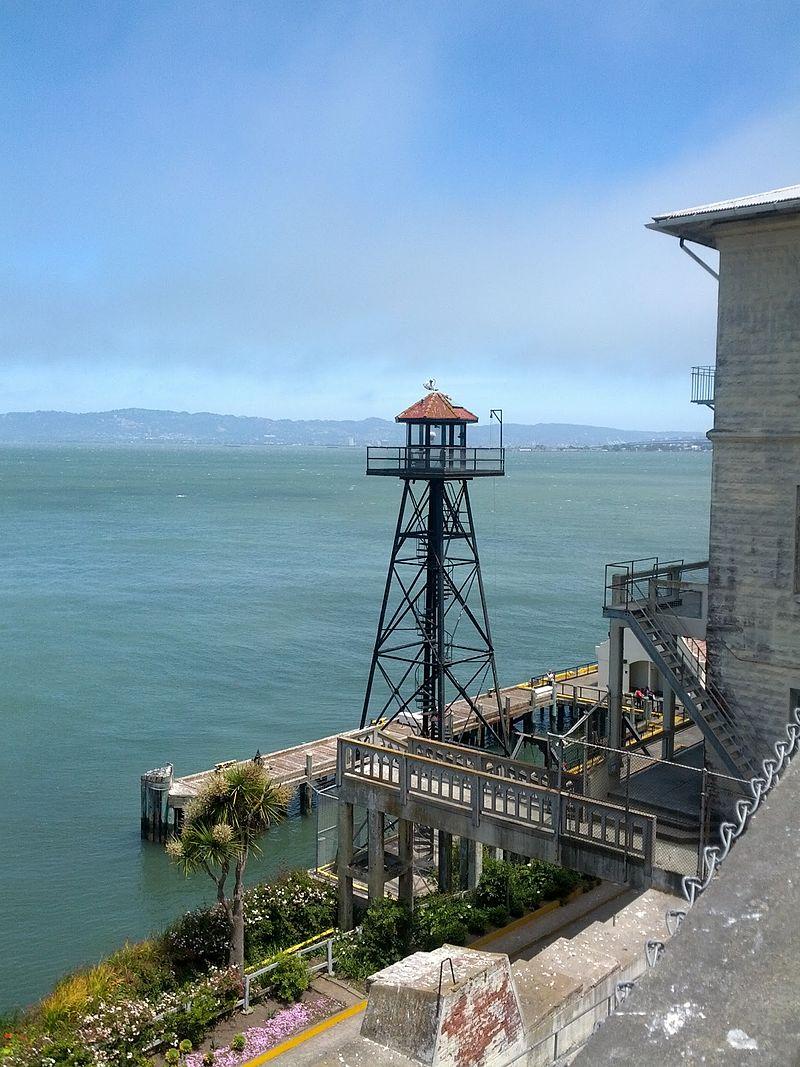 alcatraz_island_2.jpg