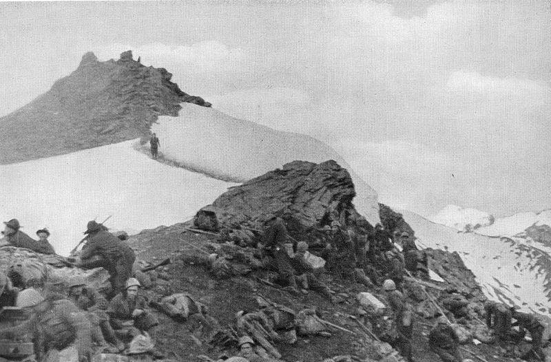 battaglione_alpini_val_dora_sul_colle_della_pelouse_giugno_1940.jpg
