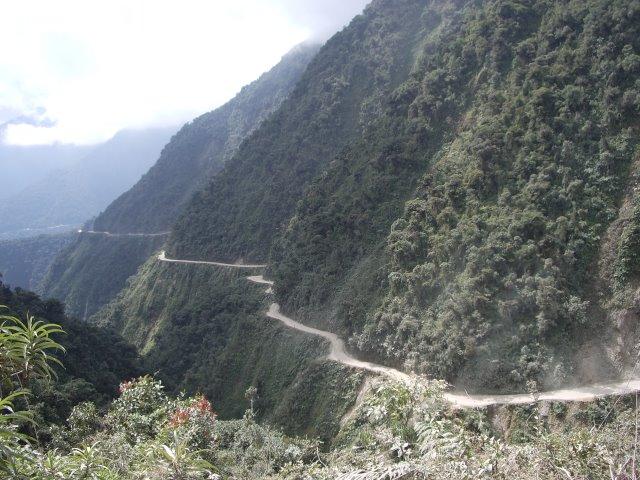 camino_de_los_yungas_bolivia.jpg