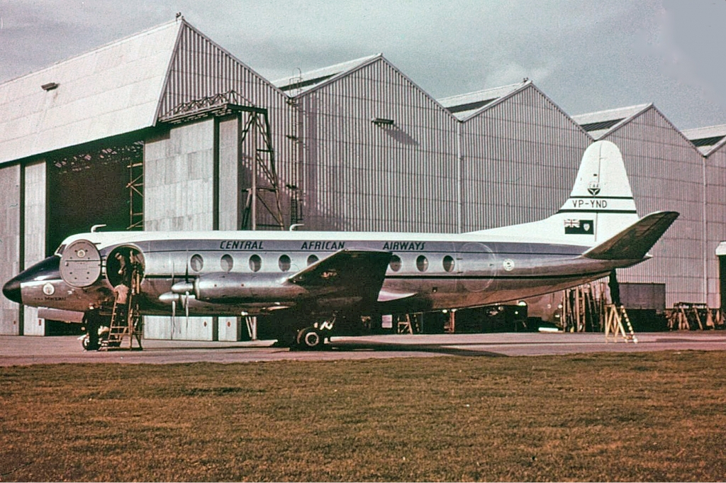 central_african_airways_vickers_viscount_groves.jpg