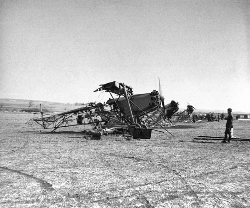 danish_army_air_service_destroyed_planes.jpg