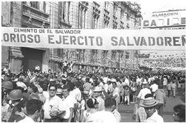 el_boulevard_de_los_heroes_es_una_arteria_vial_muy_importante_en_la_ciudad_de_san_salvador.jpg