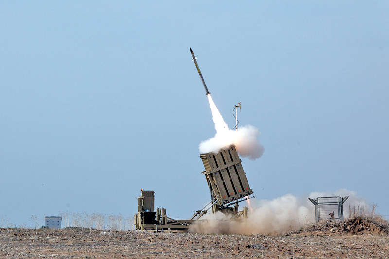 flickr_israel_defense_forces_iron_dome_intercepts_rockets_from_the_gaza_strip.jpg