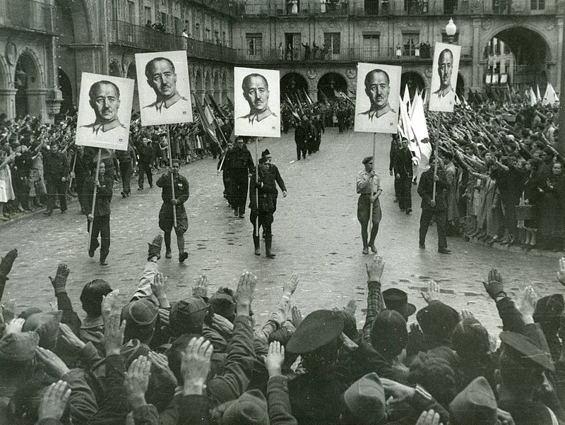 francoist_demonstration_in_salamanca.jpg