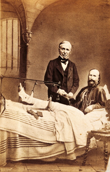garibaldi_after_being_wounded_on_the_aspromonte_massif.jpg