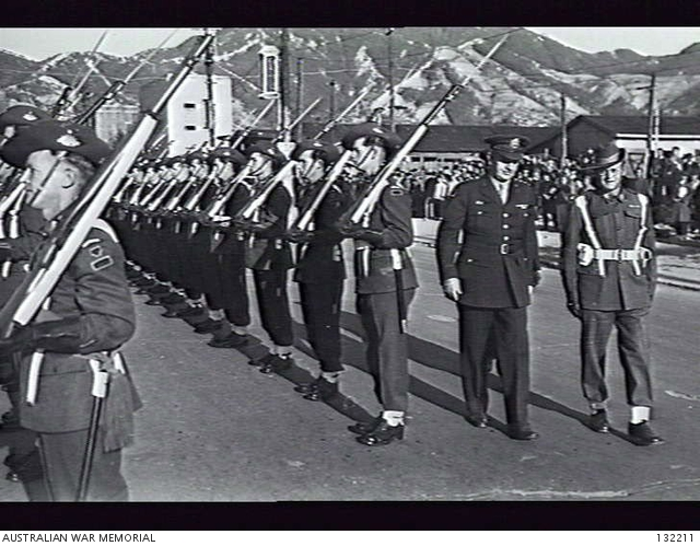 general_eichelberger_inspects_the_australian_guard_of_honor_at_kure_british_commonwealth_occupation_force_headquarters.jpg