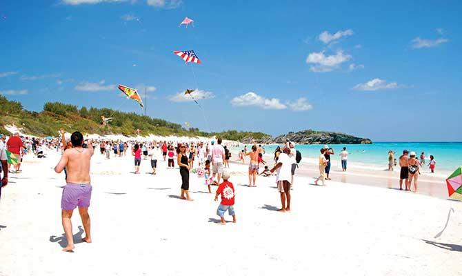horseshoe-bay-beach-kites.jpg