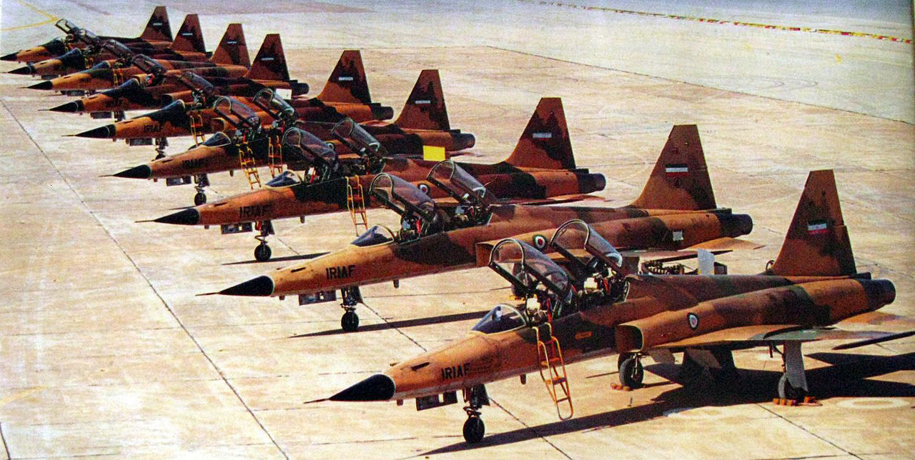 iranian_northrop_f-5_during_iran-iraq_war.jpg