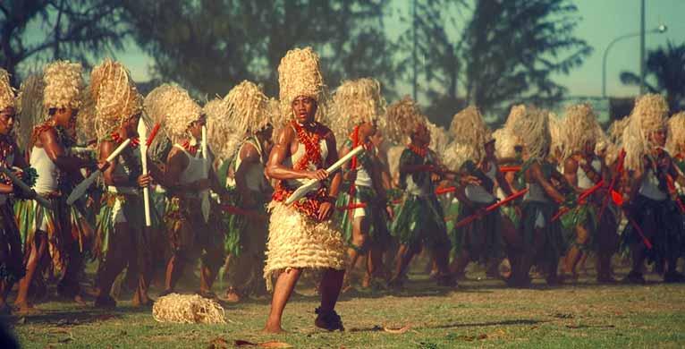 A helyiek elsősorban idegenforgalmi céllal ugyan, de megőrizték és máig ápolják őseik hagyományait. (forrás: Wikipedia)