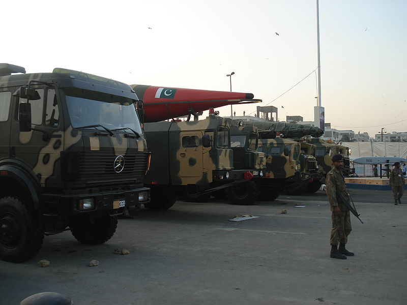 military_truck_carrying_irbms_of_pakistani_army.jpg