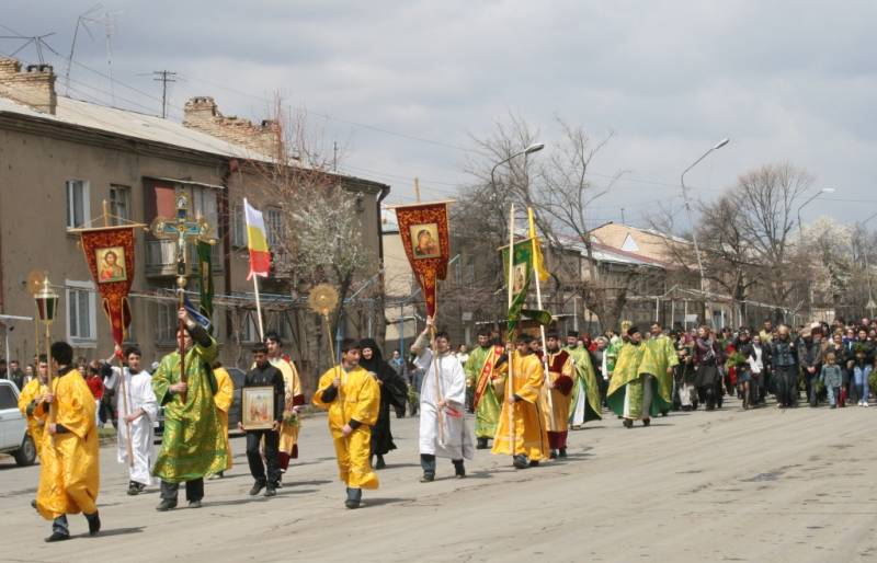 palm_sunday_procession_in_tskhinvali.jpg