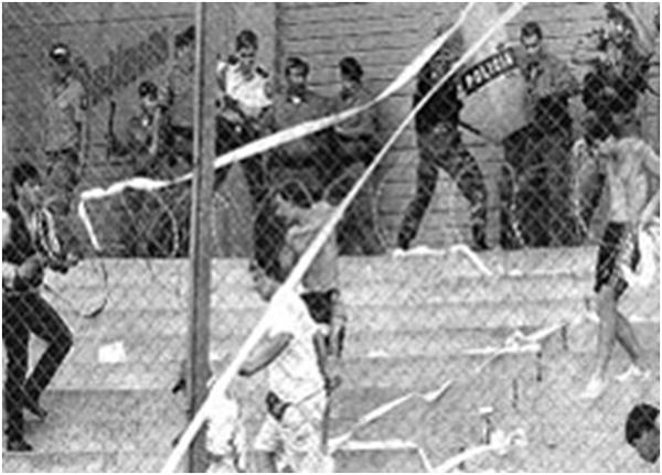 pelea_entre_salvadore_os_y_hondure_os_al_finalizar_el_partido_en_el_estadio_flor_blanca_1969.png