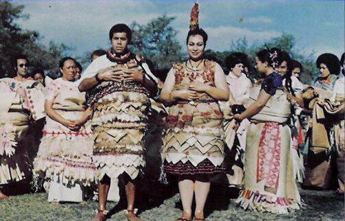 Királyi esküvő Tongán 1976-ban. (forrás: Wikipedia)