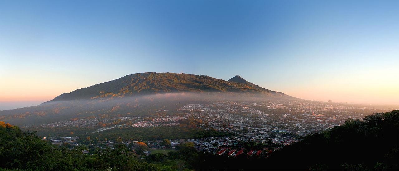 santa_tecla_y_volcan_de_san_salvador_6803608805.jpg