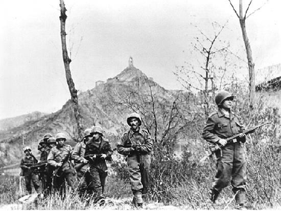 soldados_da_feb_no_segundo_asalto_da_batalha_de_monte_castelo.jpg