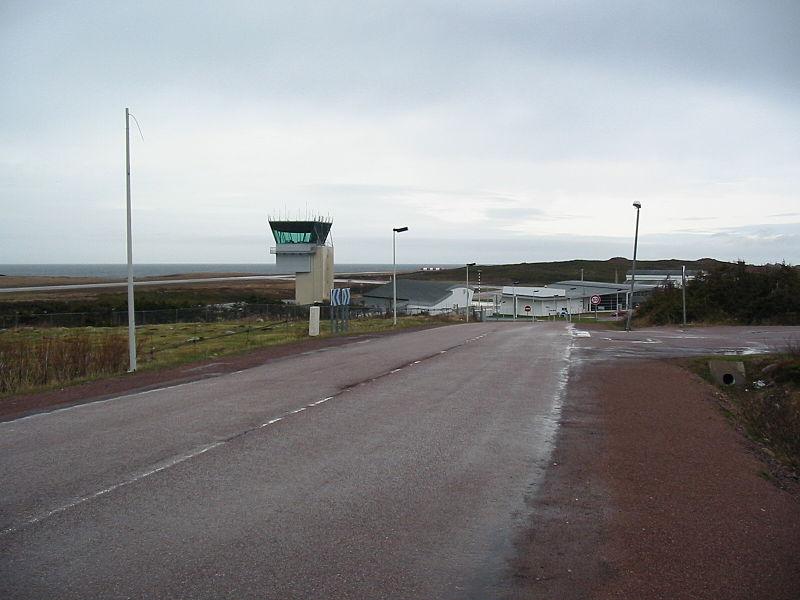 st_pierre_airport.JPG