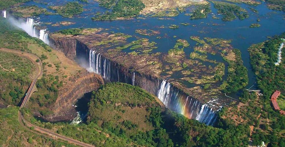 zimbabwe-victoria-falls.jpeg