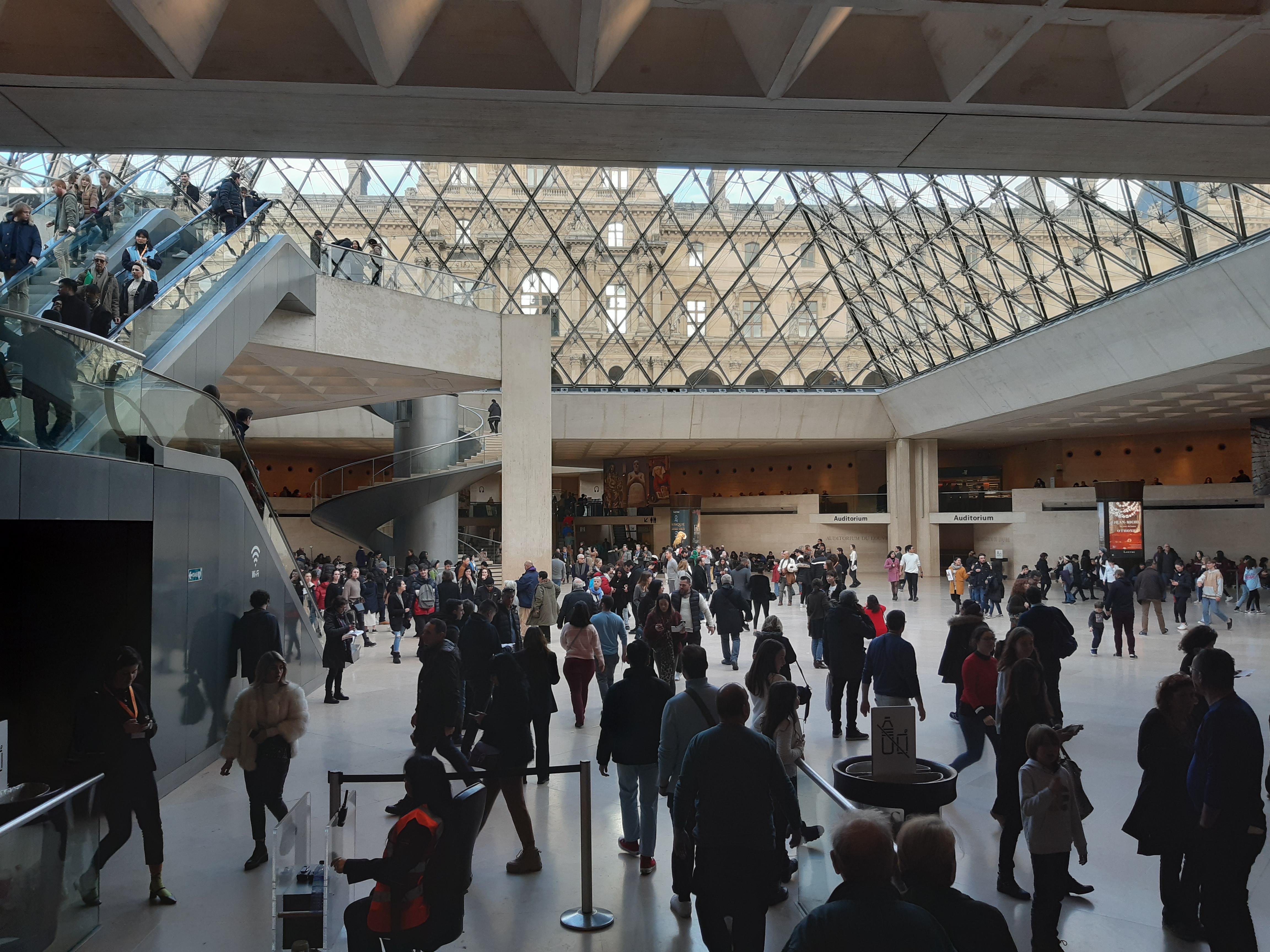 6 tanács, ha a Louvre-ba visz az utad ösztöndíjas időszakod alatt