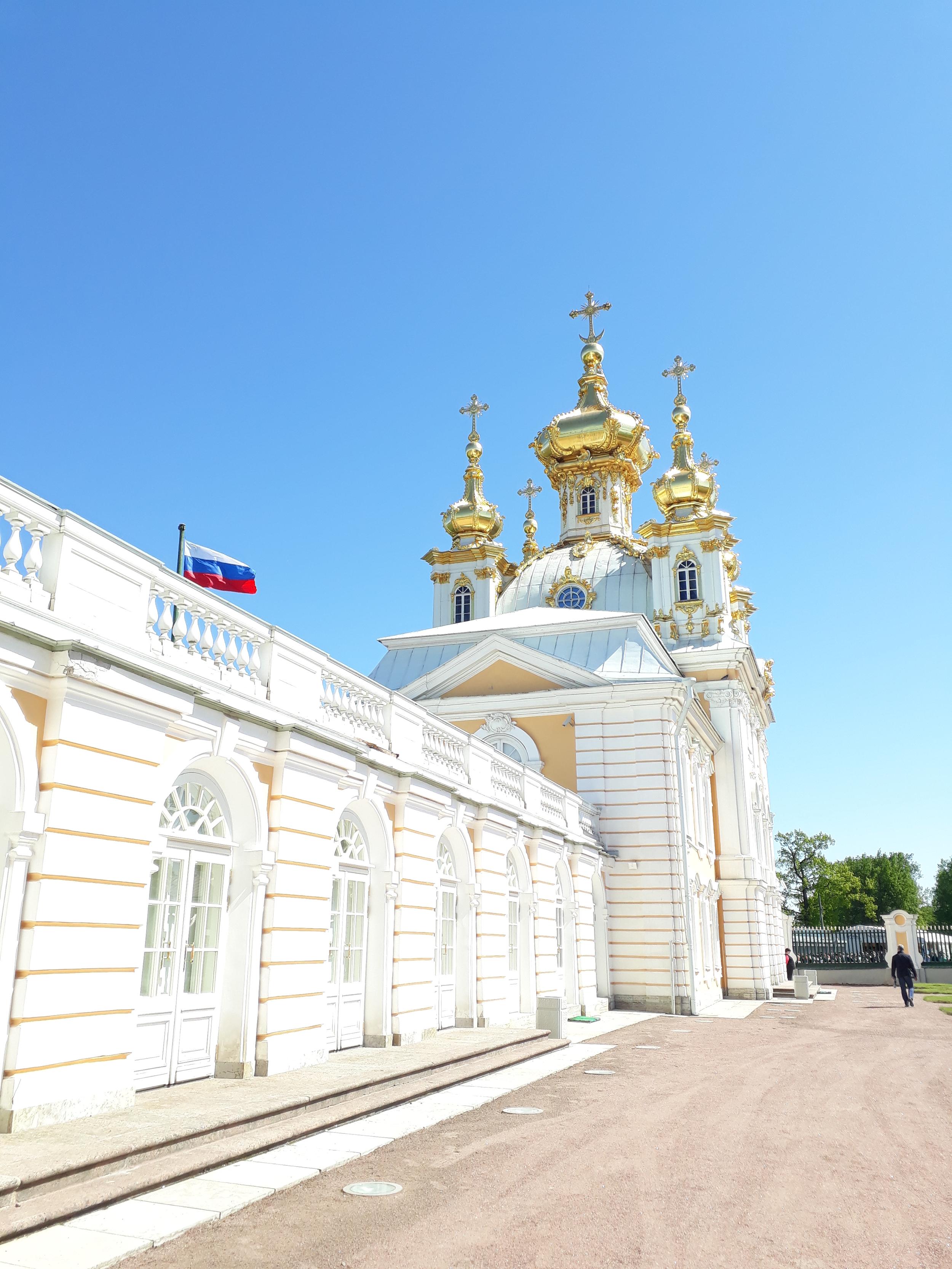 Templomok, kastélyok, és egy csodálatos kert - kirándulás Szentpéterváron