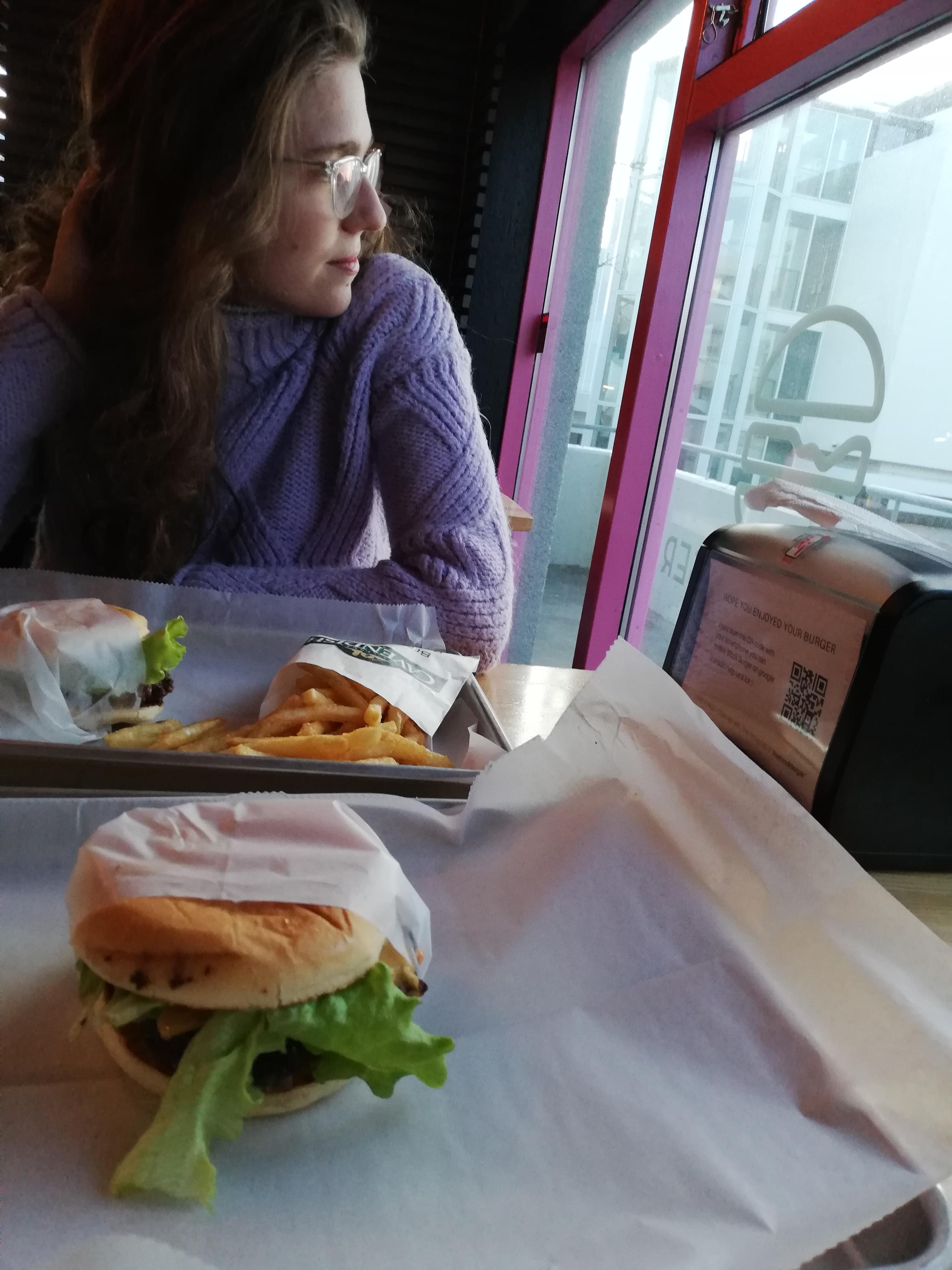 4_2_hamburger.jpg