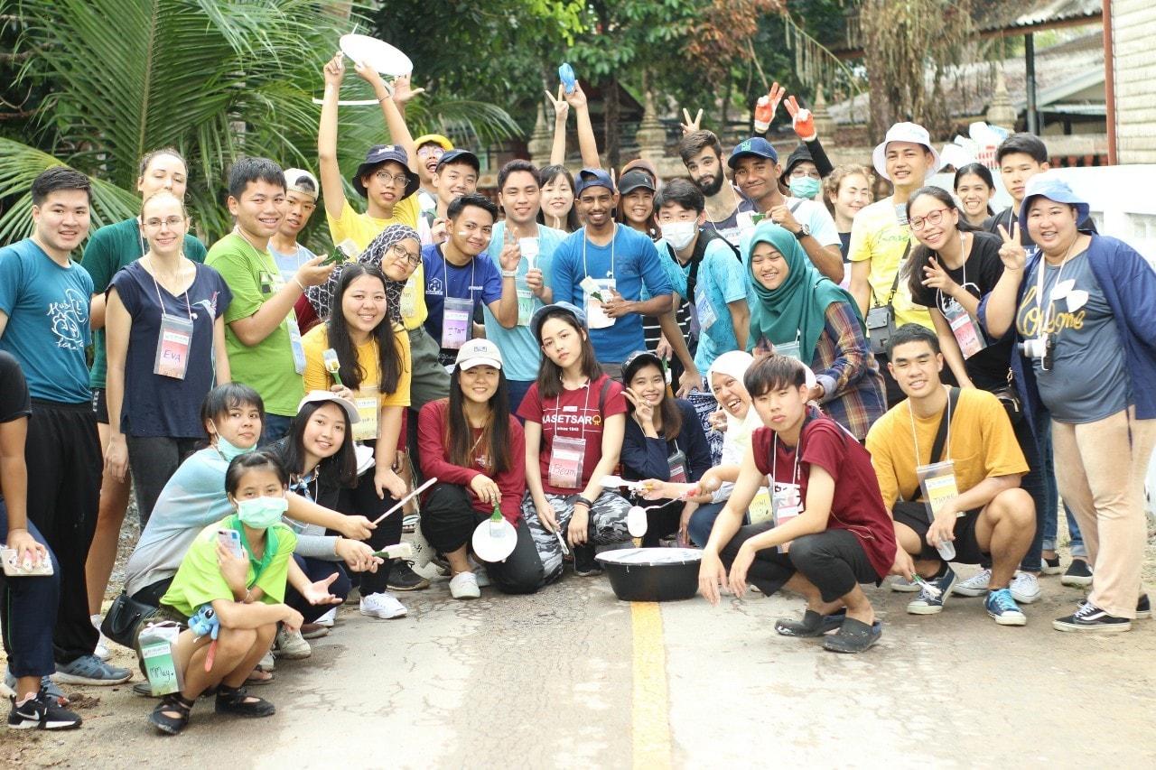 csoport2.jpg