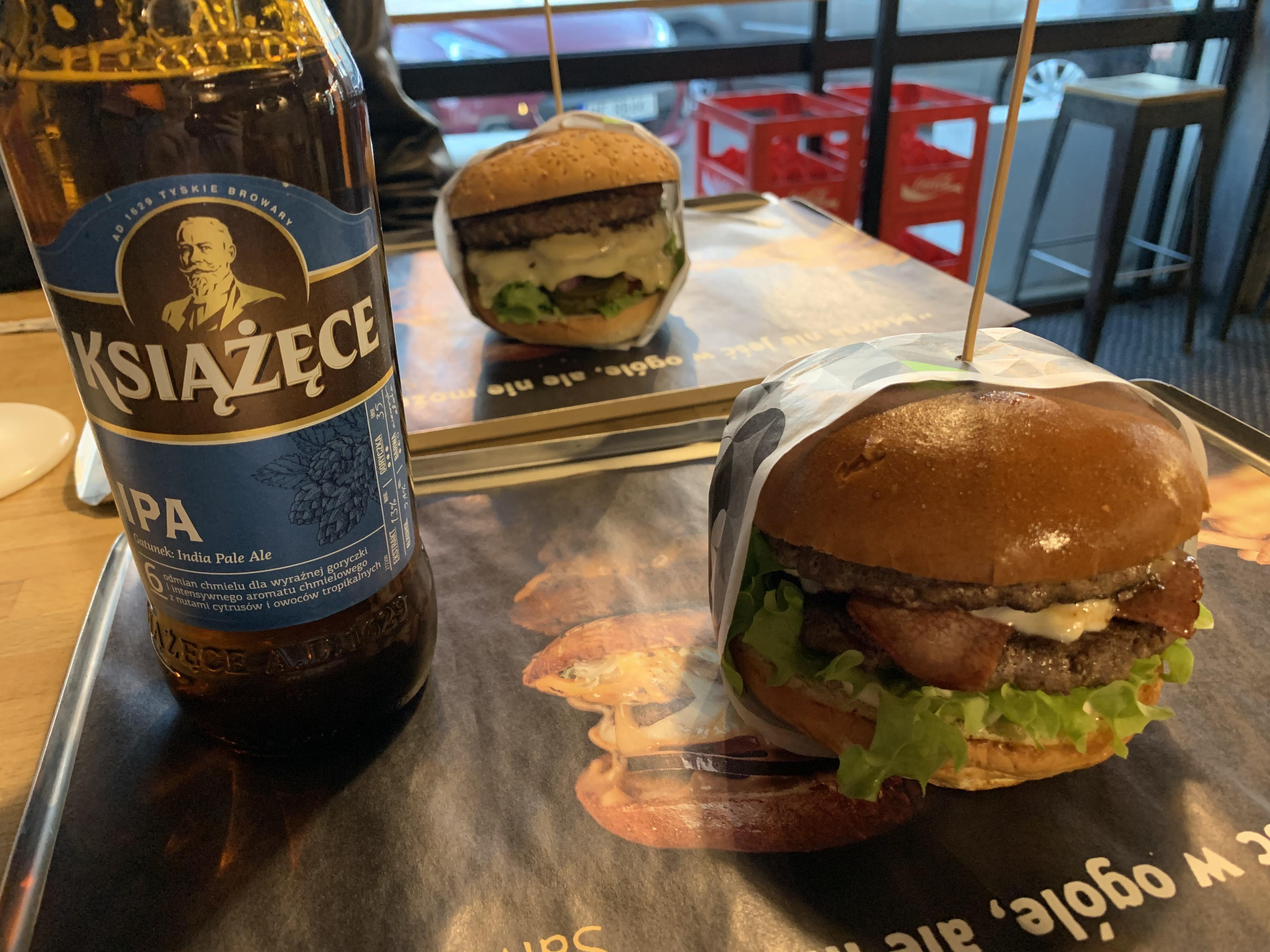 Burgerek, Balaton, és a biztató hírek