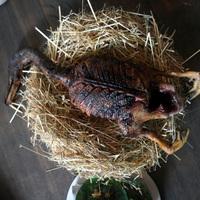 Véres vadkacsanyakat ettem a világ legjobb éttermében. Csak erős idegzetűeknek!