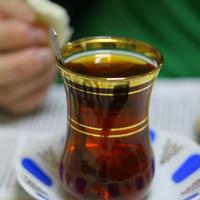 Isztambuli italok: boza, salep, ayran, török tea és kávé