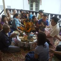 Laoszi keresztelő, bagett és szerzetesek