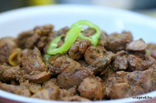 Közel-keleties csirkemáj (recept)