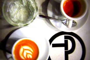 Az 5 legjobb kávé Budapesten és a leggyönyörűbb kávégépek