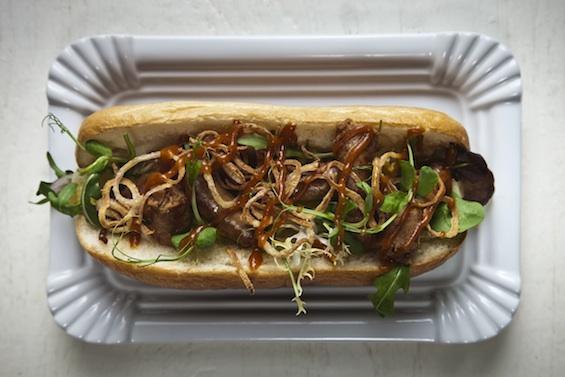 pesti_hotdog_565.jpg