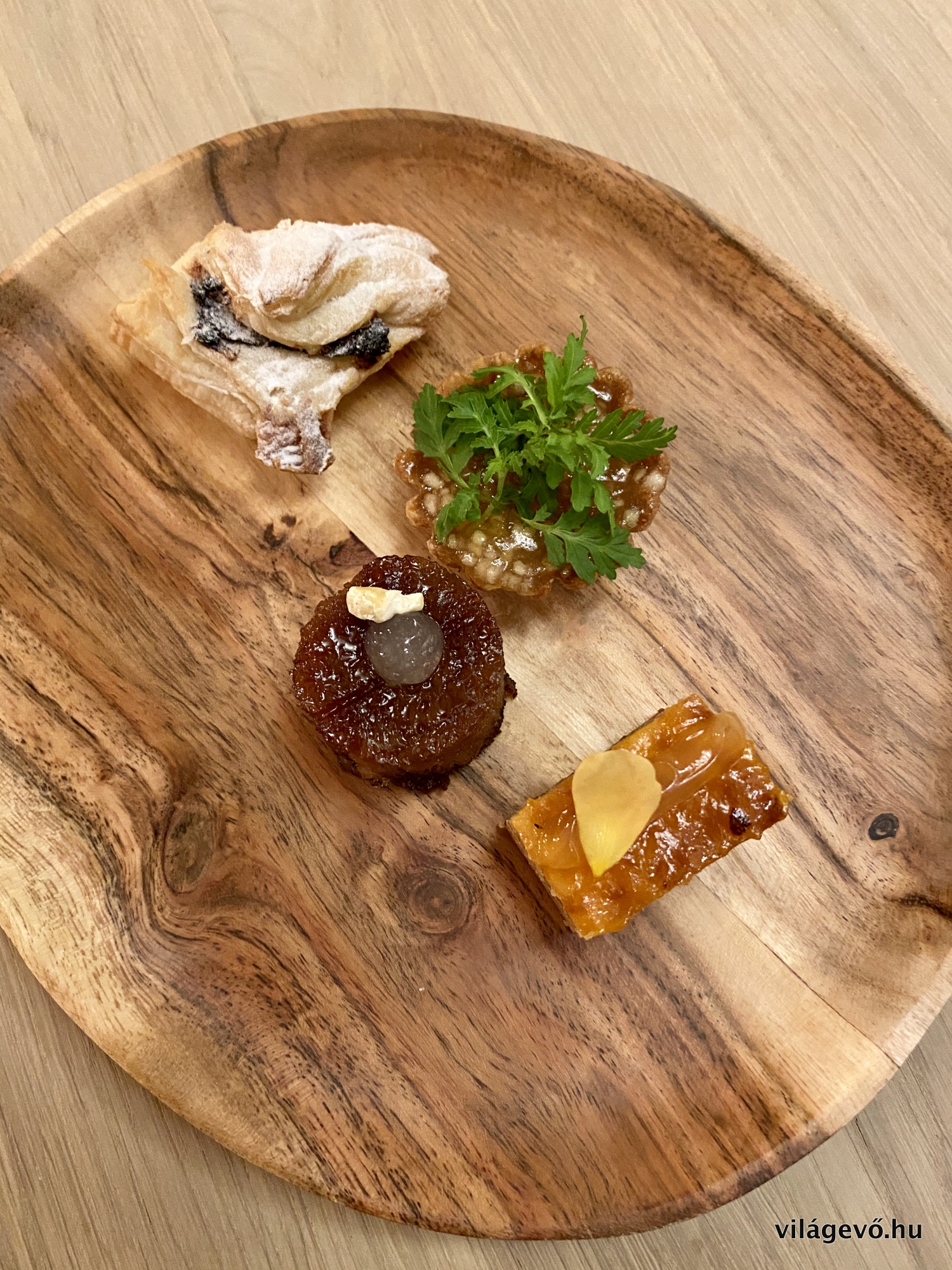 img_2816_salt_budapest_restaurant_2019_vilagevo_jokuti.jpg