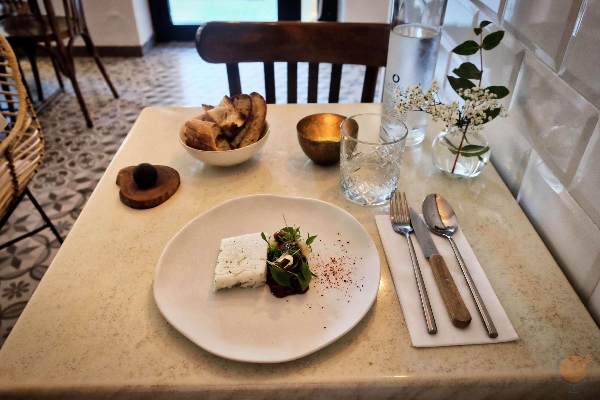 dscf1370_les_agitateurs_restaurant_france_nice_nizza_vilagevo_jokuti_andras_l_w.jpg