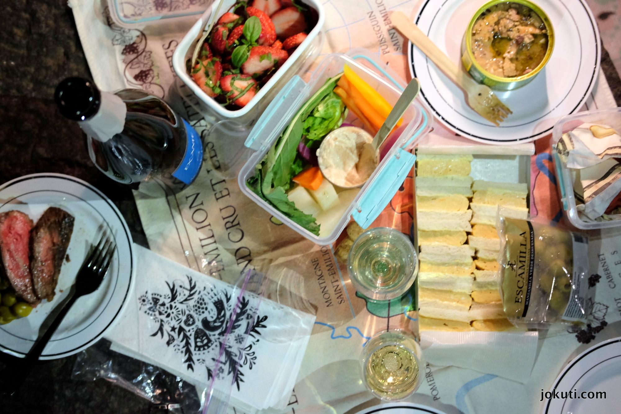 hibiya_picnic_jokuti_vilagevo.JPG