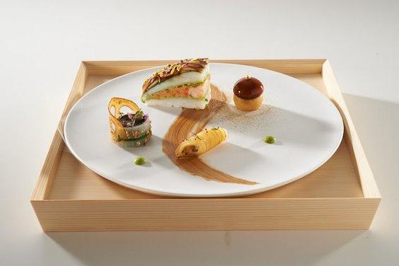 japon_assiette_poisson.jpg