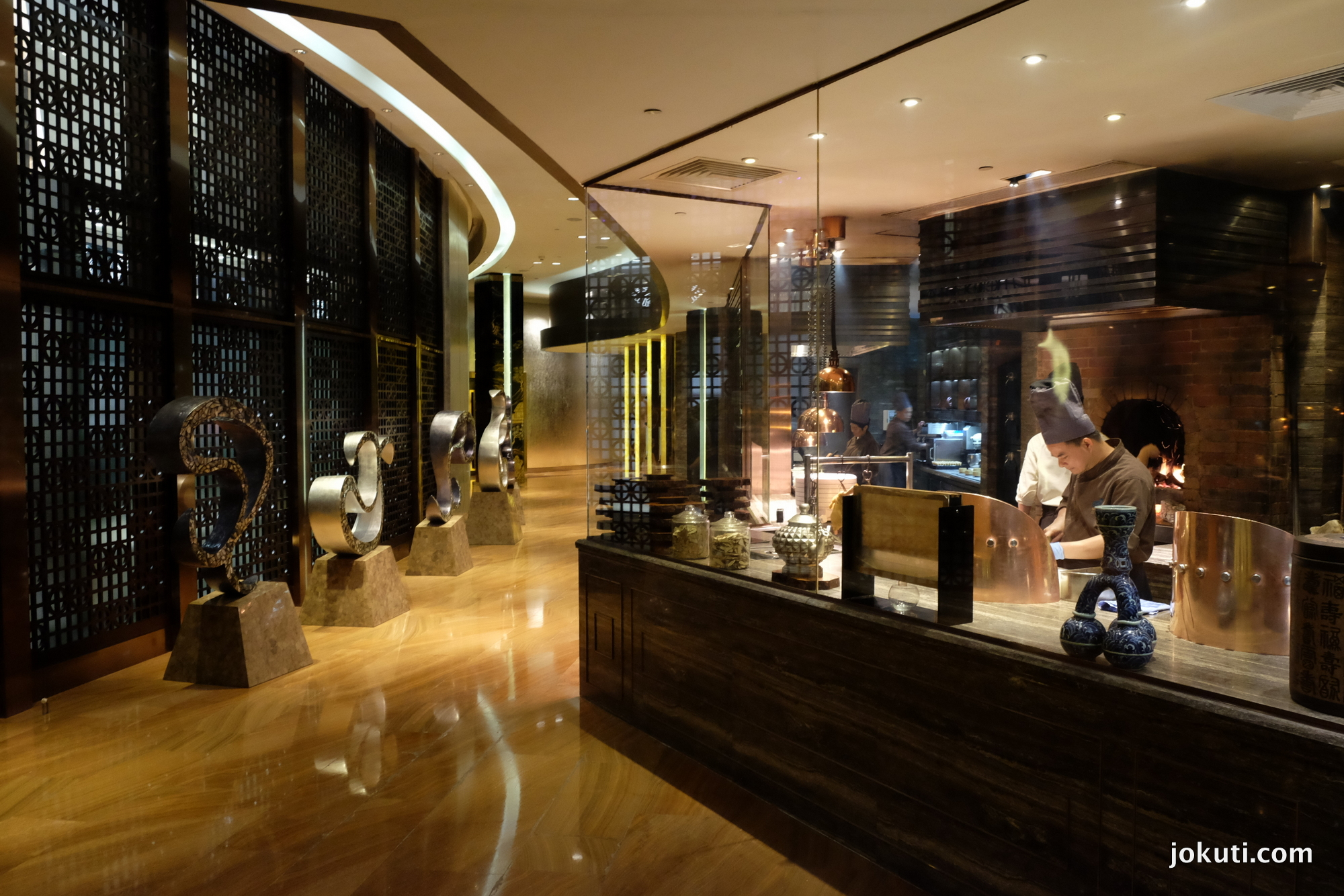 dscf6872_jade_dragon_restaurant_cantonese_chinese_michelin_macau_makao_china_kinai_vilagevo_jokuti.jpg