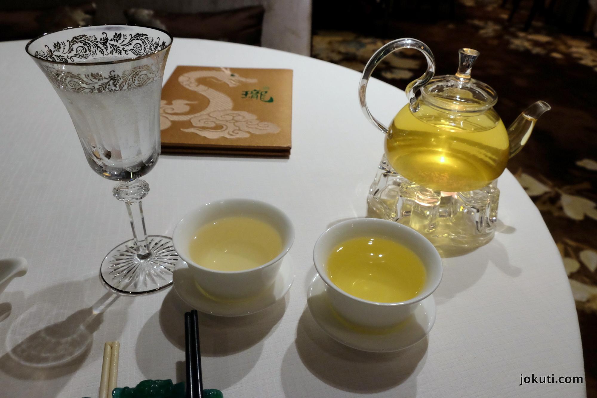 dscf6888_jade_dragon_restaurant_cantonese_chinese_michelin_macau_makao_china_kinai_vilagevo_jokuti.jpg