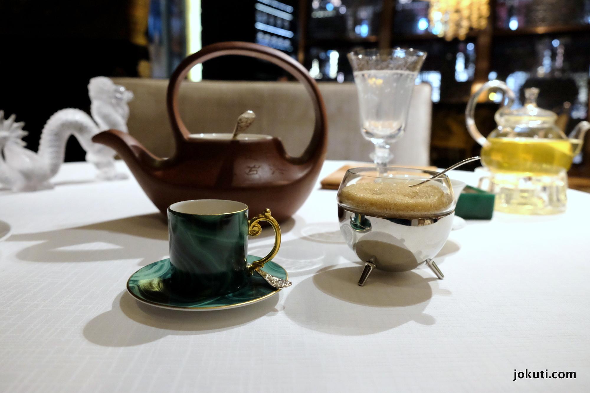 dscf6945_jade_dragon_restaurant_cantonese_chinese_michelin_macau_makao_china_kinai_vilagevo_jokuti.jpg