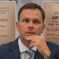 Tudományos kutatás helyett válságkezelés a szerb miniszteri bársonyszékből