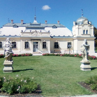 Frakk a kastély dísze - a kápolnásnyéki Halász-kastély