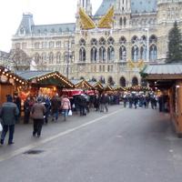Advent Bécsben - puncsillat és jégvarázs