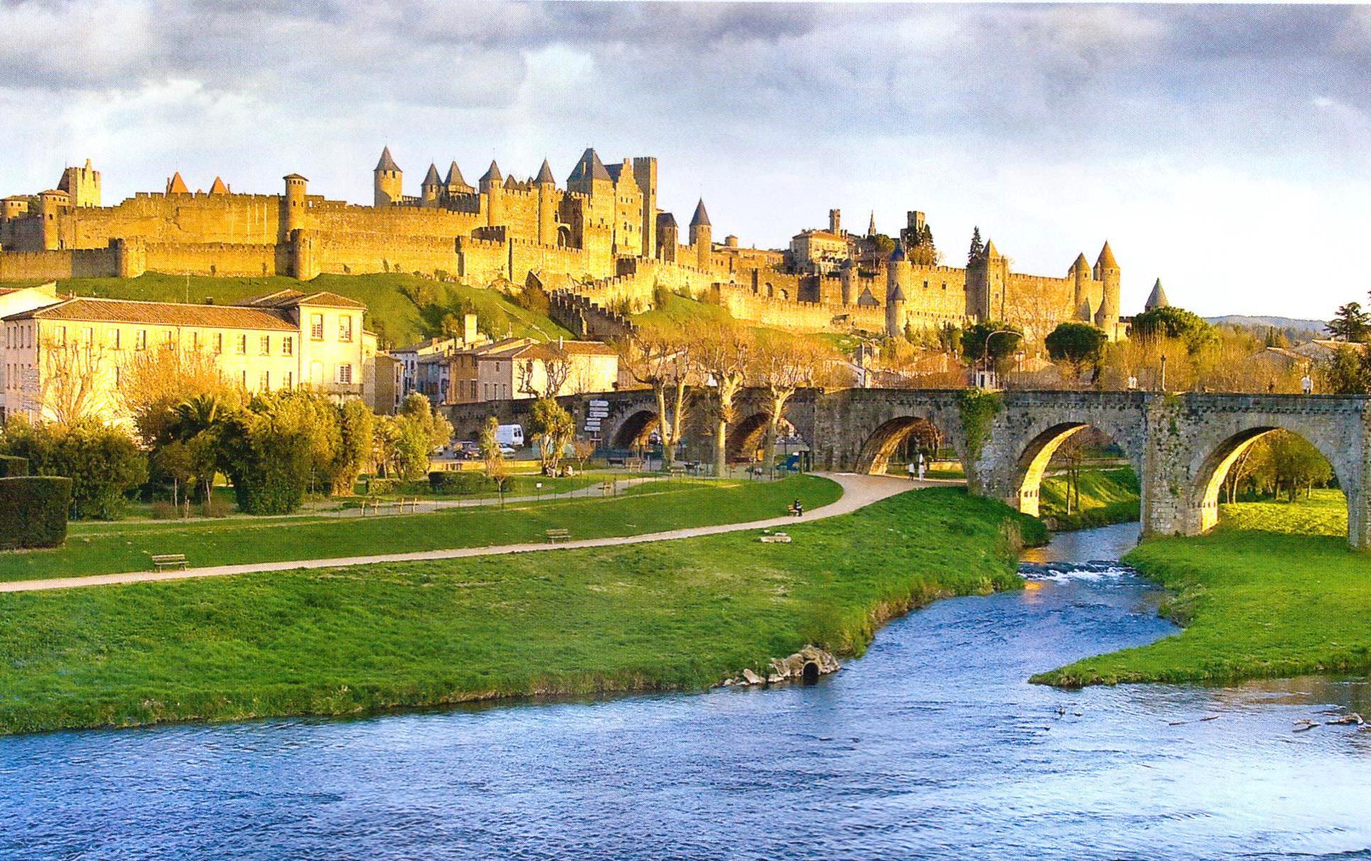 carcassonne-france.jpg