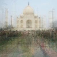 Művészeti alkotások készültek a turisták fotóiból