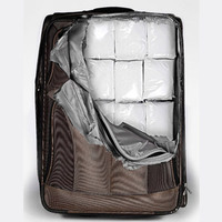 Mit rejt a bőröndöd?