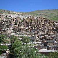 Kandovan - a sziklába vájt falu