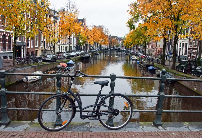 Amsterdam-bike-and-canal.jpg
