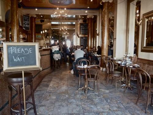 Grand Café, Oxford, Anglia.jpg