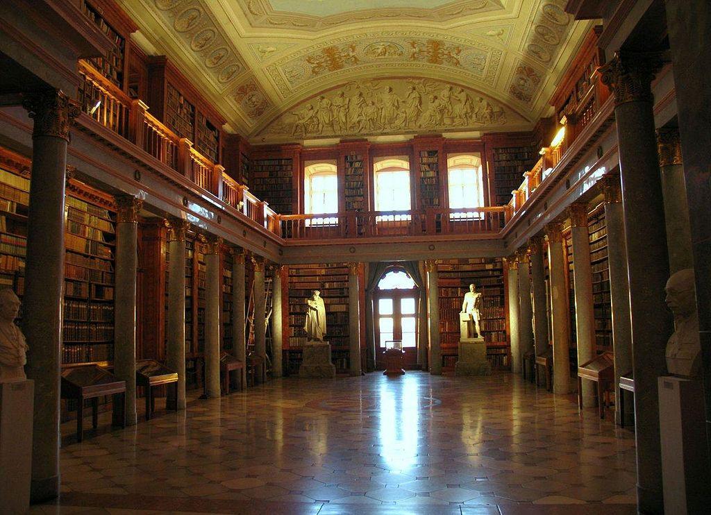 Pannonhalmi Bencés Apátság Könyvtár.jpg