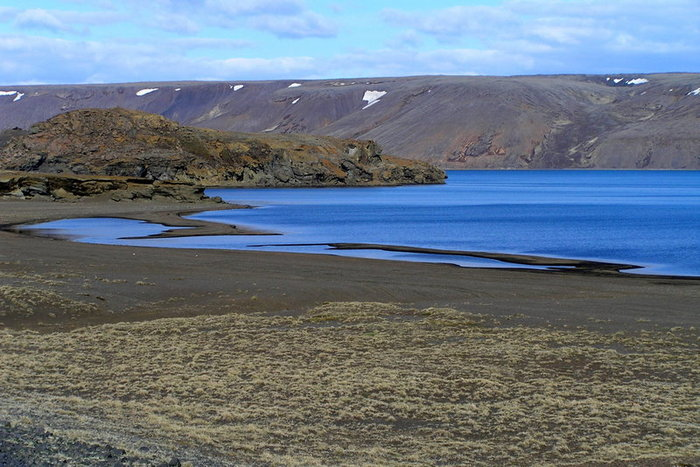 Graenavatn-tó.JPG